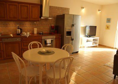 WH 1:2 Lägenheterna har fullt utrustat kök